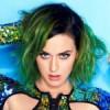 Katy Perry, ilk kez altıncı sınıftayken şişe çevirmece oyununda öpüştüğünü anlattı