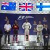 Singapur F1'de Ferrari pilotları kabus yaşarken Mercedes pilotu Lewis Hamilton kazanan isim oldu