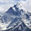 Çin, 'Biriken Çöpler' Nedeniyle Everest Dağı'nı Kapattı