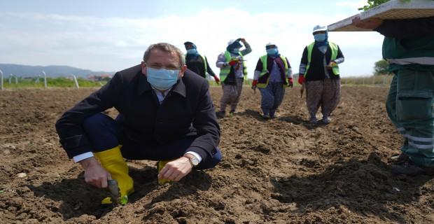 Çevreci Başkan,Tarım seferberliğini başlattı.