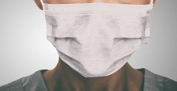 Bursa'da Yasak Öncesi Alışveriş Yapmak İsteyen Vatandaşlar Maske Kullanımına Özen Gösterirken Sosyal Mesafeyi Gözardı Etti