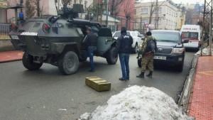 Güvenlik güçlerinin baskınında 2 PKK'lı hain öldürüldü, 2 polis yaralı