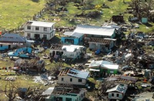 Saatte 296 km olan hortum Fiji'yi vurdu 28 ölü