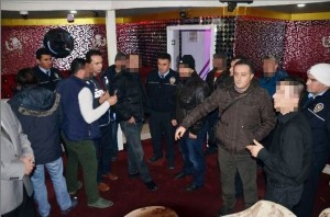 bursa-polisinden-huzur-ve-guven-operasyonu-cq8_galeri