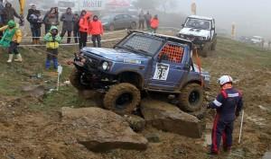 Türkiye Trial Şampiyonası yarışı Kemerburgaz'da Çiftealan parkurunda yapıldı