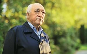 Bahçeli, Gülen Cemaati'ni MHP'yi ele geçirmeye çalışmakla suçladı