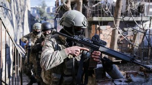 Sur'da operasyonlara kaldığımız yerden devam Pkk'lı teröristler öldürüldü