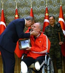 Cumhurbaşkanı Erdoğan ;Tek vatanımız var, kimseye bu vatanda operasyon yaptırmayız !