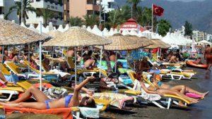 2499-1443545269-Son-6-Ayda-Turkiyeye-Gelen-Turist-Sayisi-Azaldi-Ziyaretci-Sayisi-Artti-