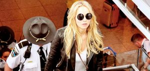 Jennifer-Lawrence-Montreal-Havaalanında