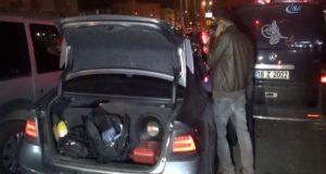 Bursa'da hareketli dakikakalar araçta bomba ihbarı