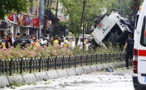 İstanbul Veznecilerdeki Hain Saldırıda 7'si Şehit 4 Sivil Öldü