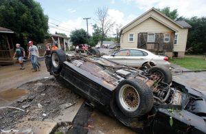 ABD'de meydana gelen sel sonucunda 14 kişi hayatını kaybetti