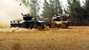 Cerablus'a 'Fırat Kalkanı' operasyonu başladı Bordo bereliler Suriye'ye girdi