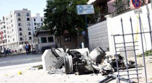 van-daki-teror-saldirisinda-yaralanan-polis-memuru-sehit-oldu-1471607713