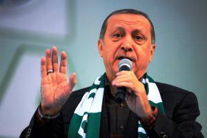 erdogan-ulkemizin-guvenligini-ilgilendiren-gelismeleri-tribunden-seyretmeyecegiz-2-_2917_dhaphoto2_161022200142