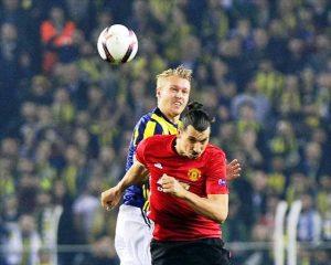Fenerbahçe  Manchester United 2-1 Yendi