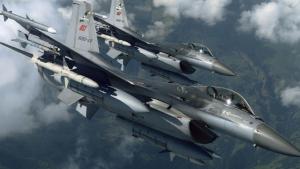 """Rus Komutan """"Suriye ordusuna ait bir Albatros uçağı yapmış"""""""