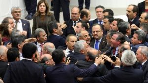 HDP'li vekilin burnunu kanatan Dağ: Meclise şehit cenazesinden geldim pişman değilim
