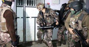 Terör örgütü DEAŞ'a eş zamanlı operasyonda 400 kişi gözaltına alındı