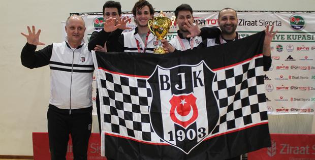 Masa Tenisinde Kupa şampiyonu Beşiktaş
