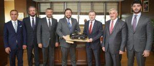 TOSFED Başkanı Serkan Yazıcı Spor Bakanı Osman Aşkın Bak'ı makamında ziyaret etti