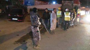 Ümraniye'de bir markete kar maskeli ve silahlı üç kişi, soygun gerçekleştirdi