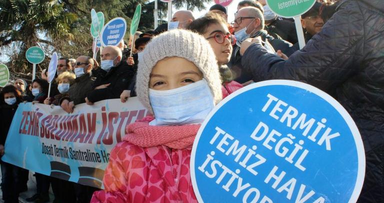 Zehir Soluyan Bursalılardan Maskeli Termik Santral Tepkisi!