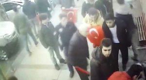 Mehmetçiğe destek yürüyüşünde silahlı saldırı