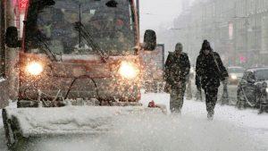 Moskova bu kış geç gelen kar yağışına teslim oldu