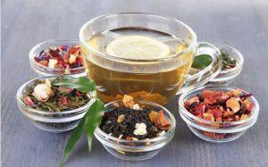 Masum Görünen Meyveli Çaylar Diş Minesini Aşındırıyor