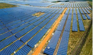 Azman Güneş Santralı Geliyor, Kömürün Geleceği Kararıyor.