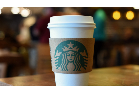 Starbucks'tan Plastik Yasağı