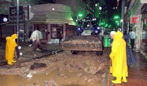 Bandırma'da Sel Felaketi Metrekareye 130,6 Kilogram Yağış Düştü