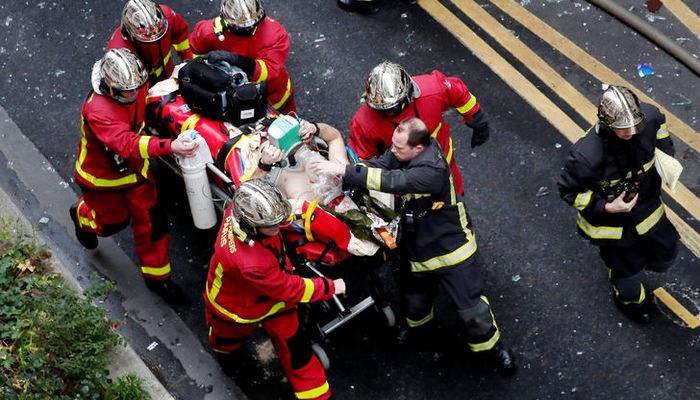 Fransa'nın başkenti Paris'te patlama büyük panik 20 yaralı
