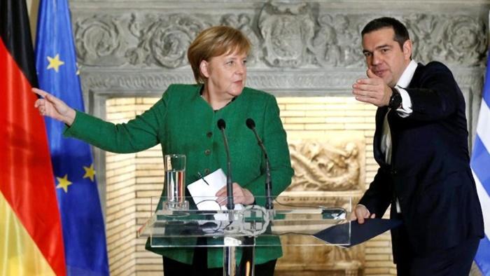 Almanya Başbakanı Angela Merkel Türkiye'nin yakın bir gelecekte üye olacağını düşünmüyorum dedi