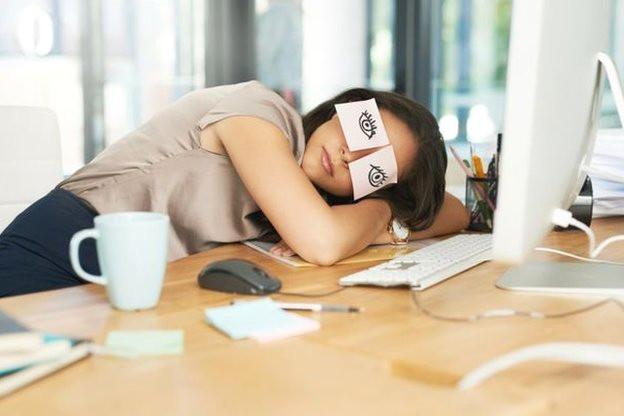 Japonya'da Çalışanlar Uyku Molasına Teşvik Edilecek