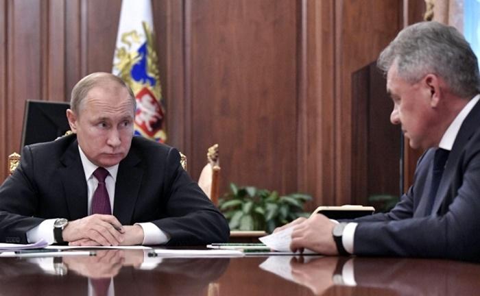 Bu görsel boş bir alt niteliğe sahip; dosya adı rusya-federasyonu-devlet-baskani-vladimir-putin-abdnin-orta-menzilli.jpg