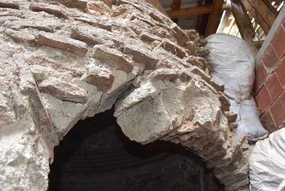 Bursa'da 550 Yıllık Hamam Depo Olarak Kullanılıyor