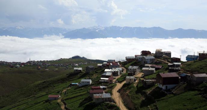 Bulutların Üstünde Doğayla İç İçe