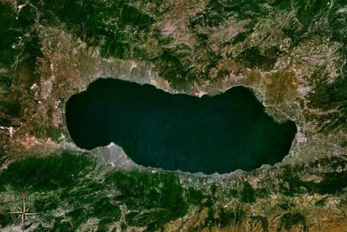 CHP'den İznik Gölü'nün kurtarılması ve doğaya kazandırılması için soru önergesi