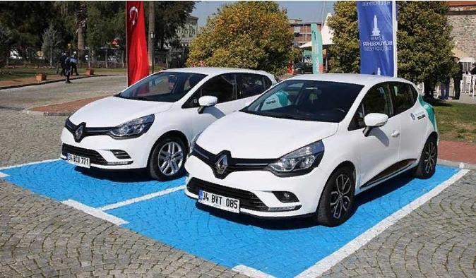 İzmir'de paylaşımlı araç devri başlıyor