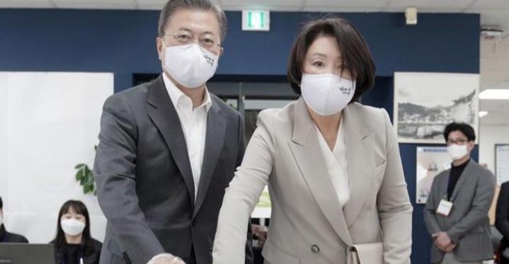 Güney Kore'de Demokrat Parti seçimleri kazandı, Yeşil Yeni Düzen yolda