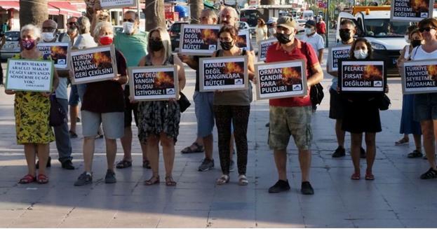Ayvalık'ta yaşayanlar: Türkiye yanıyor canımız yanıyor!
